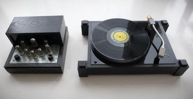 Audiowood Nero 640x330 Audiowood Handmade Audio Equipment