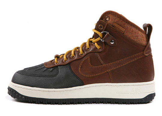 low priced 76ffc 5f5fb Nike Air Force 1 Duck Boot